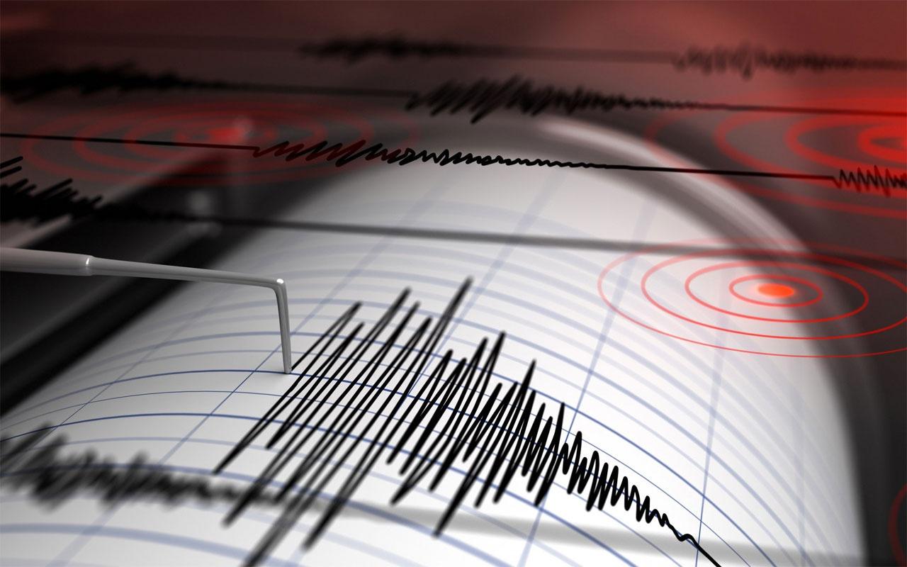 İzmir'de korkutan deprem! İşte şiddeti
