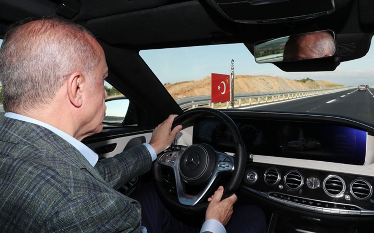Cumhurbaşkanı Erdoğan makam aracını kullandı