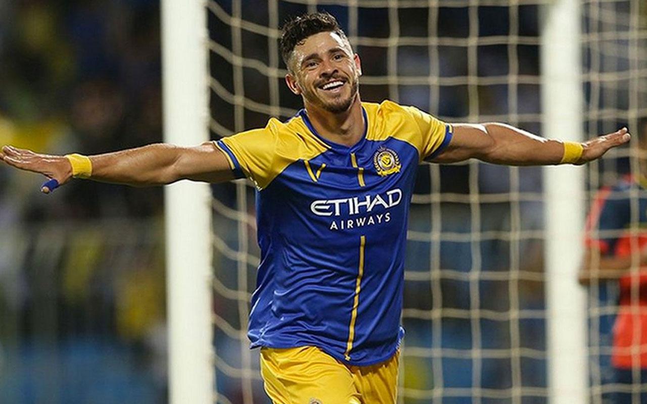 Fenerbahçe'nin eski yıldızı Giuliano geri dönüyor