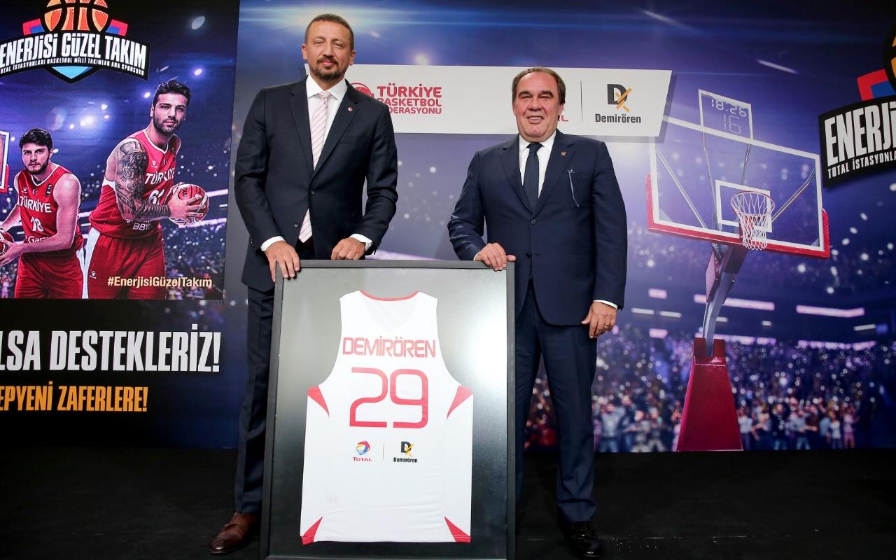 Basketbol Milli Takımları ile Total Oil Türkiye sponsorluk anlaşması imzaladı