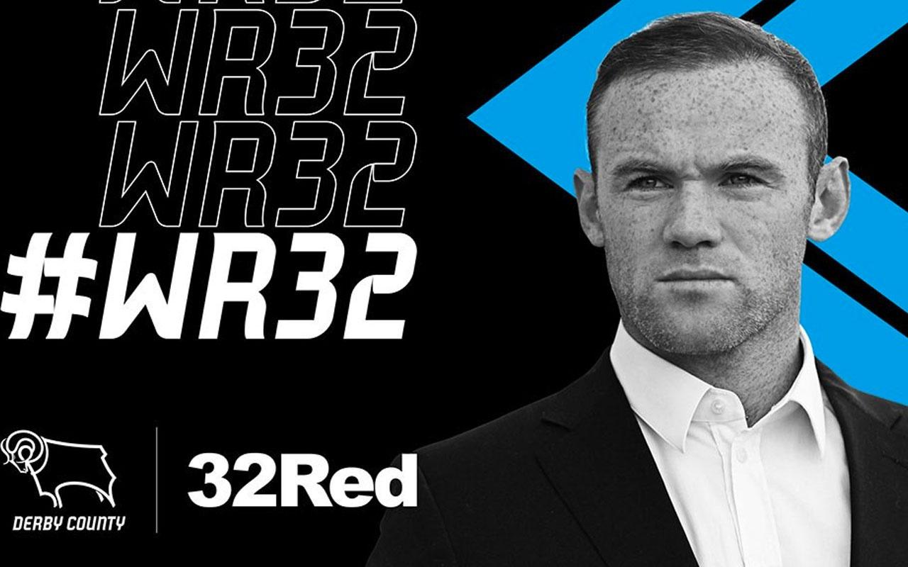 Wayne Rooney Cocu'nun yanına gitti