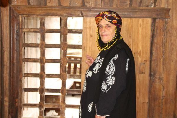 Rize'de 500 yıllık çivisiz cami turist akınına uğruyor! Canları pahasına koruyorlar - Sayfa 11