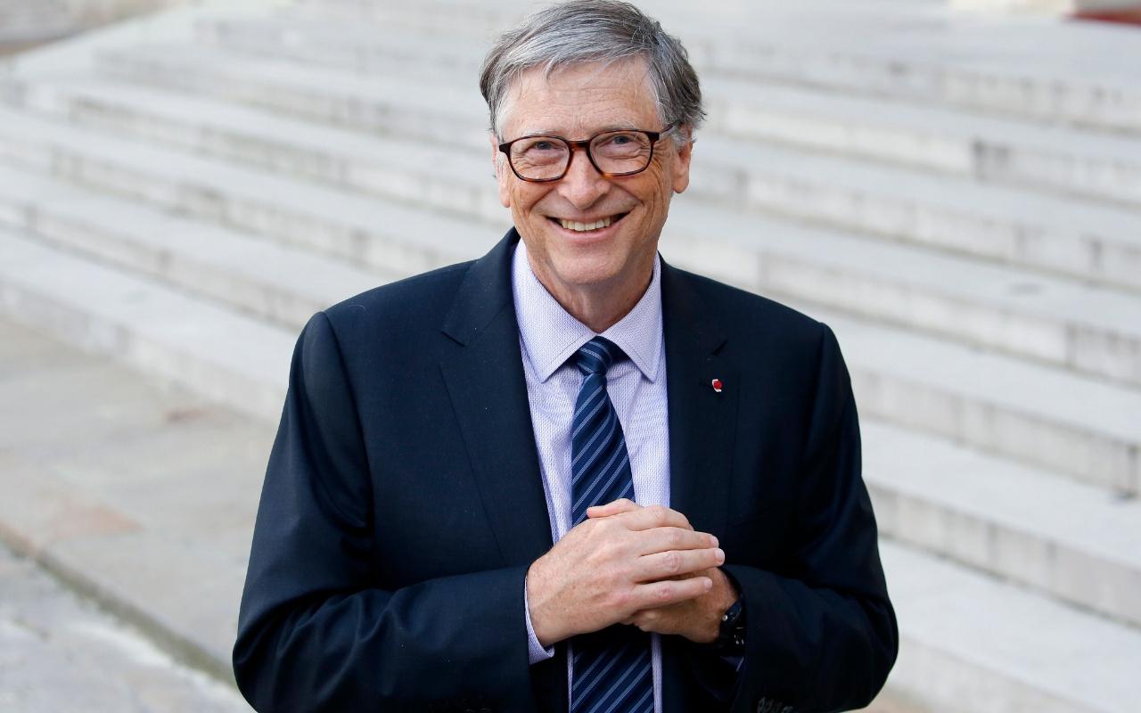 Dünyanın en zengin ikinci insanı Bill Gates twitter hesabından en sevdiği kitabı açıkladı