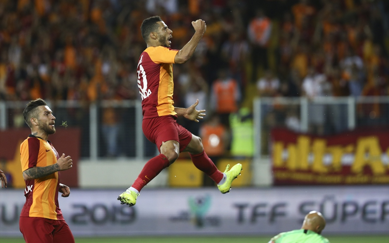 Süper Kupa'yı Akhisarspor'u deviren Galatasaray kazandı