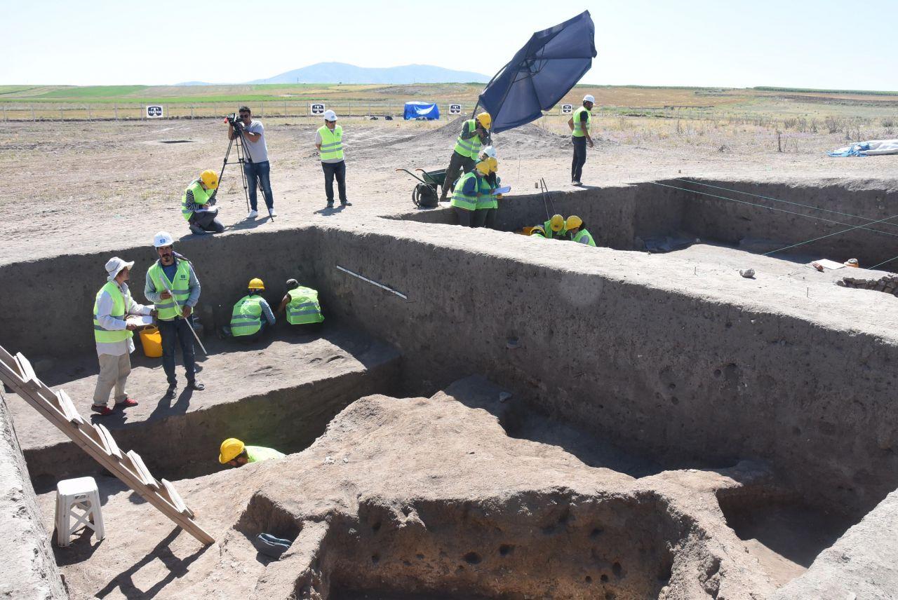 Eskişehir'deki kazılarda şaşırtan buluntu! Meğer 5 bin yıl önce... - Sayfa 3