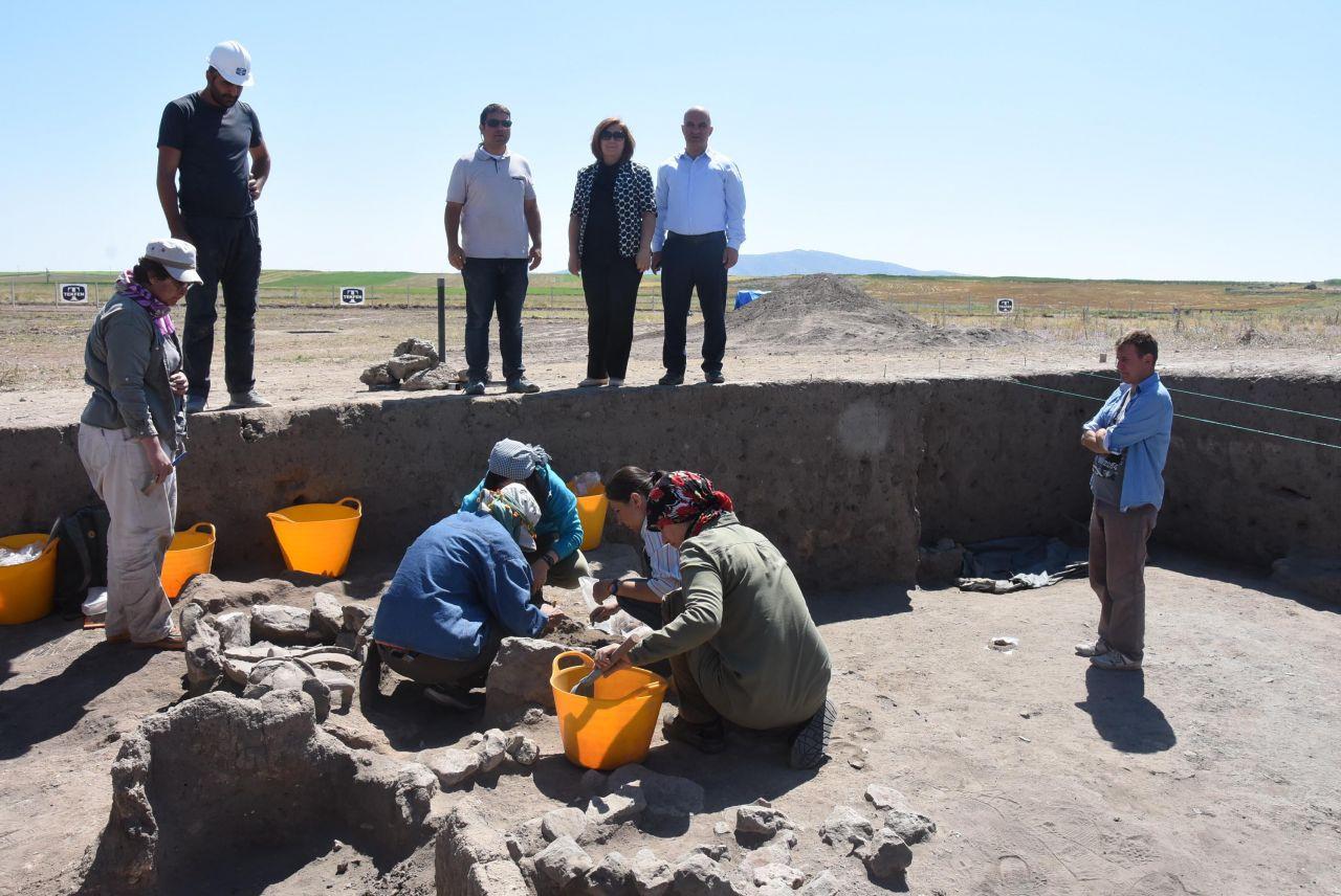 Eskişehir'deki kazılarda şaşırtan buluntu! Meğer 5 bin yıl önce... - Sayfa 5