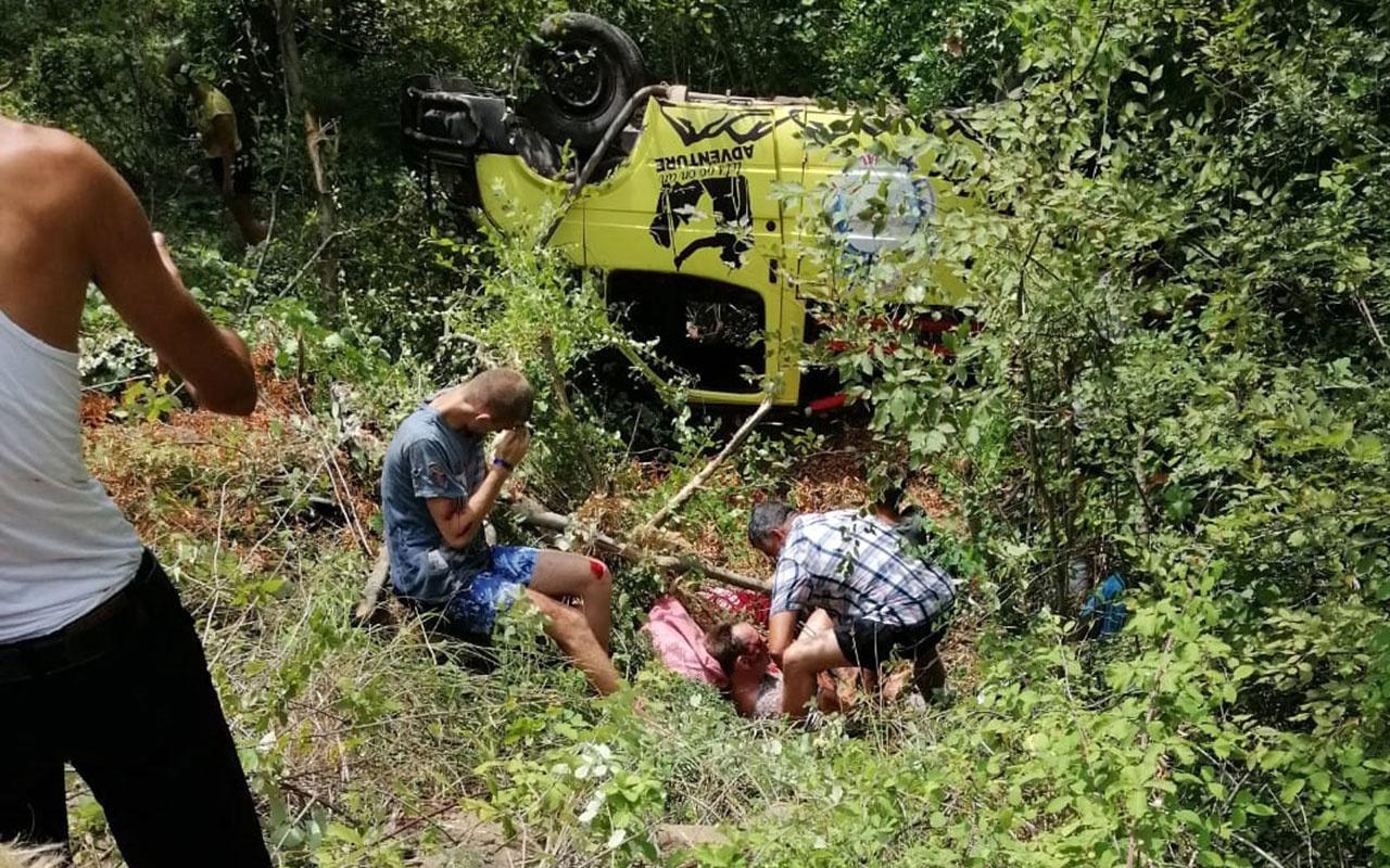 Antalya'da safari cipi devrildi 1 ölü 10 yaralı