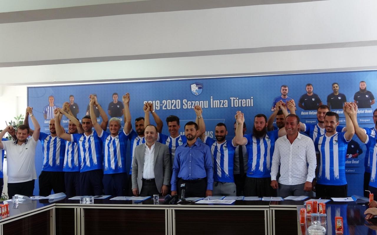 BB Erzurumspor 14 futbolcu ile toplu sözleşme imzaladı!