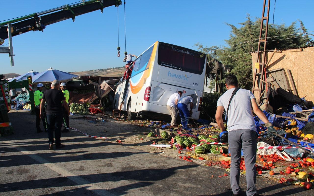 Büyükçekmece'de Havaist otobüsü kazası! Ortalık savaş alanına döndü THY kabin görevlisi öldü