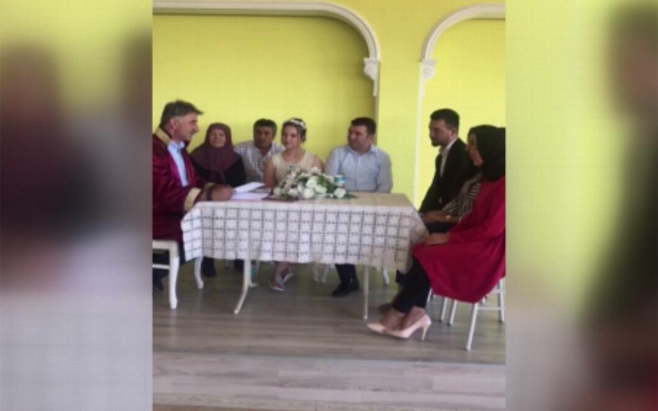 Isparta'da da hissedilen depreme nikah masasında yakalandılar