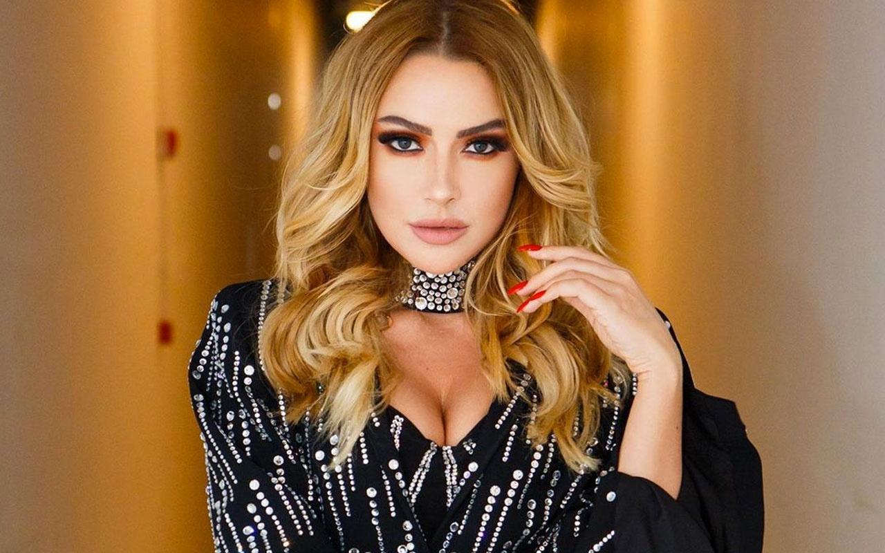 Hadise Ezhel şarkısıyla dans etti seksi videosu izlenme rekoru kırdı