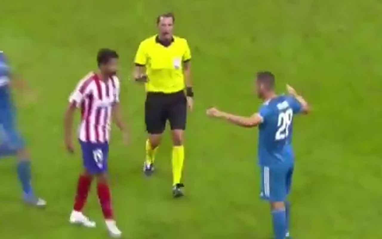 Merih Demiral ile Diego Costa gerginliği
