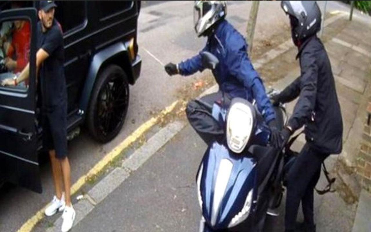 Mesut Özil'e bıçaklı saldırıya ilişkin flaş gelişme! 2 Türk gözaltında