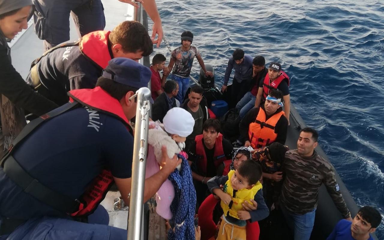Edirne'de lastik botta 34 kaçak göçmen yakalandı