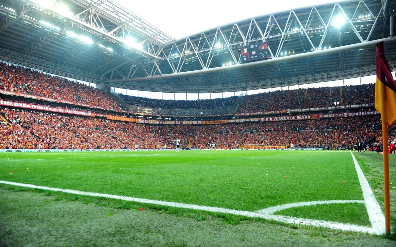 Süper Lig takımlarının stadyum kapasiteleri En fazla kapasiteye sahip takım hangisi?