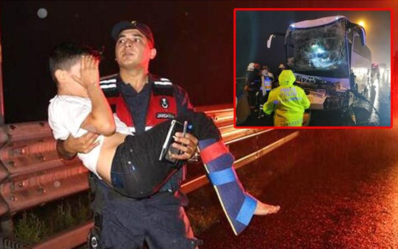 BoluDağı'nda feci kaza! TIR'a çarpan yolcu otobüsünde 37 kişi yaralandı