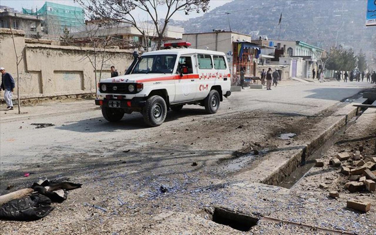 Afganistan'da bombalı saldırı 12 ölü