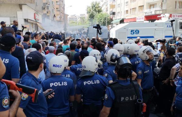 Diyarbakır Van ve Mardin karıştı ortalık savaş alanı! HDP'li vekiller yaralandı