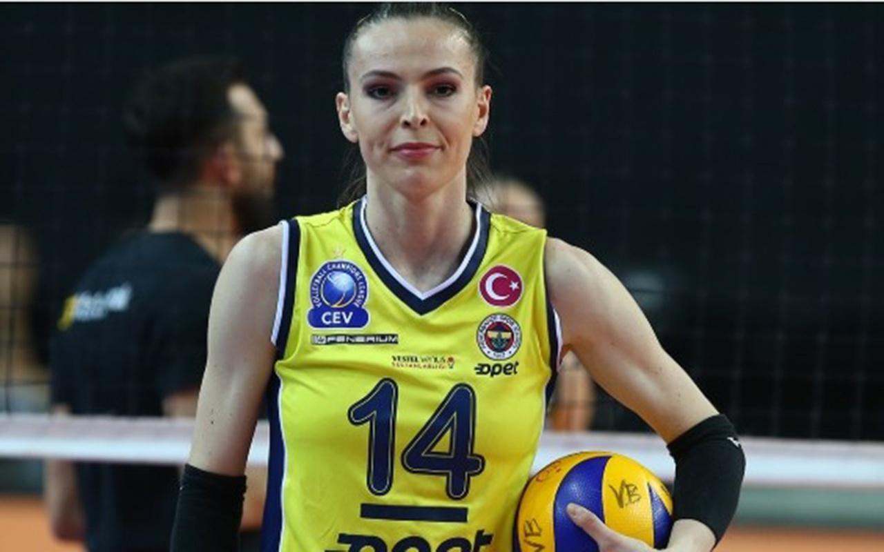 Fenerbahçe kaptan Eda Erdem Dündar ile sözleşmesini uzattı
