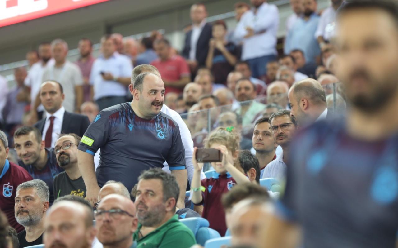 Varank ve Turan Trabzonspor tribününde