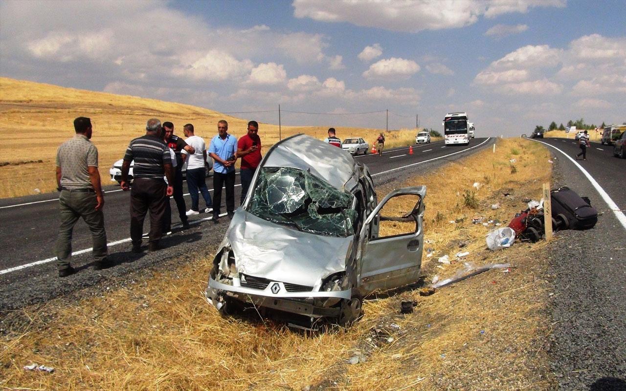 Tatil yolunda kaza: 2'si ağır 5 yaralı