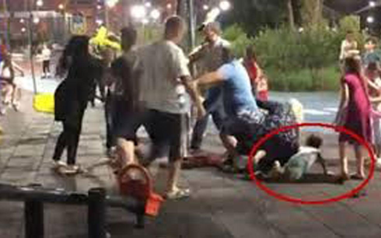 İskenderun'da parkta kadınlar olay kavgası eşleri ayıramadı