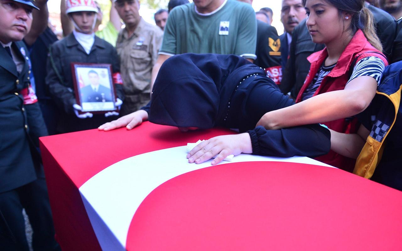 İki ilde şehit cenazeleri vardı şehit eşini asker selamıyla uğurladı