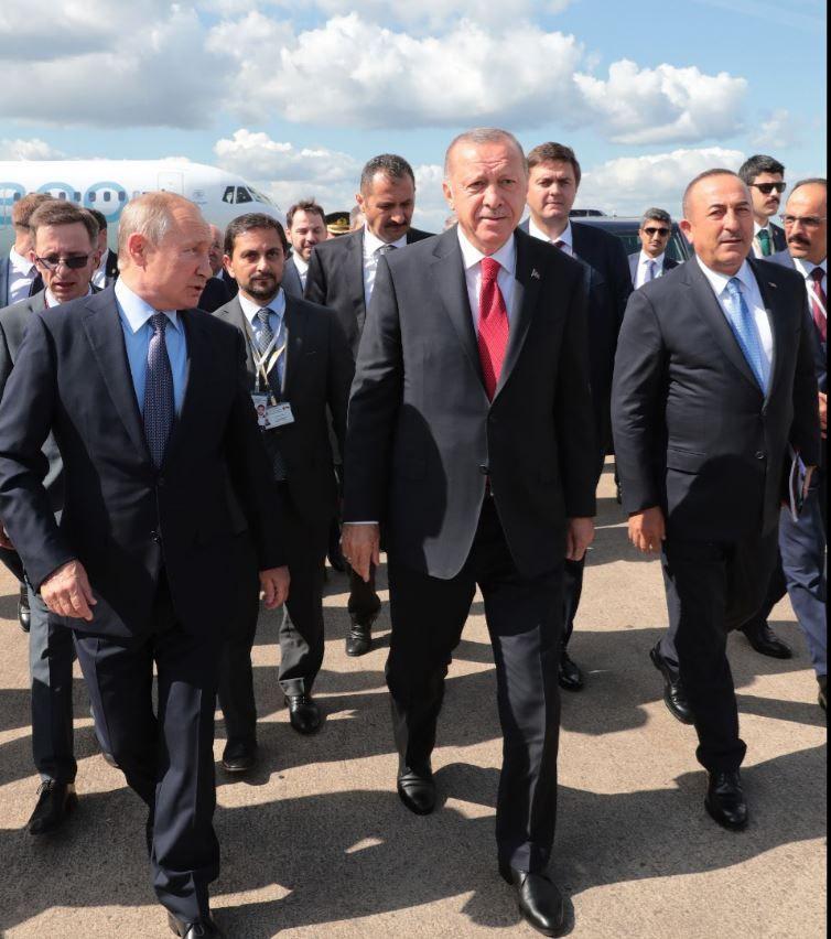 Cumhurbaşkanı Erdoğan çok konuşulan o uçağı bizzat yakından inceledi