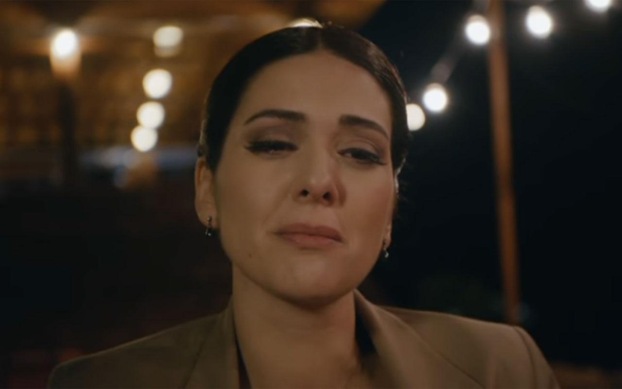 Bergüzar Korel'in kardeşi Zeynep Korel'den annesi Hülya Darcan'a şok! Şikayet etmişti...