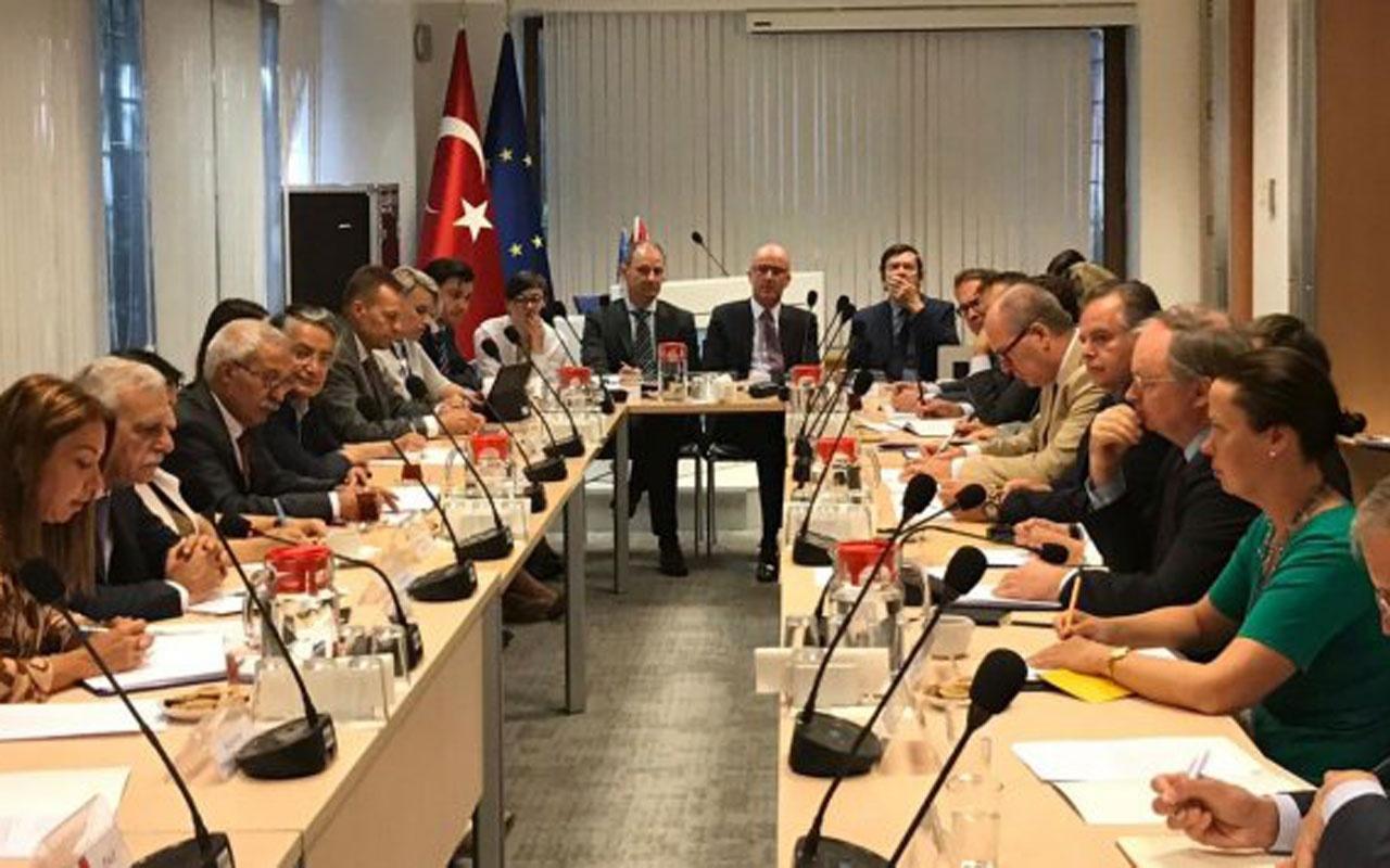 Görevden alınan HDP'li başkanlara AB desteği! Dikkat çeken paylaşım