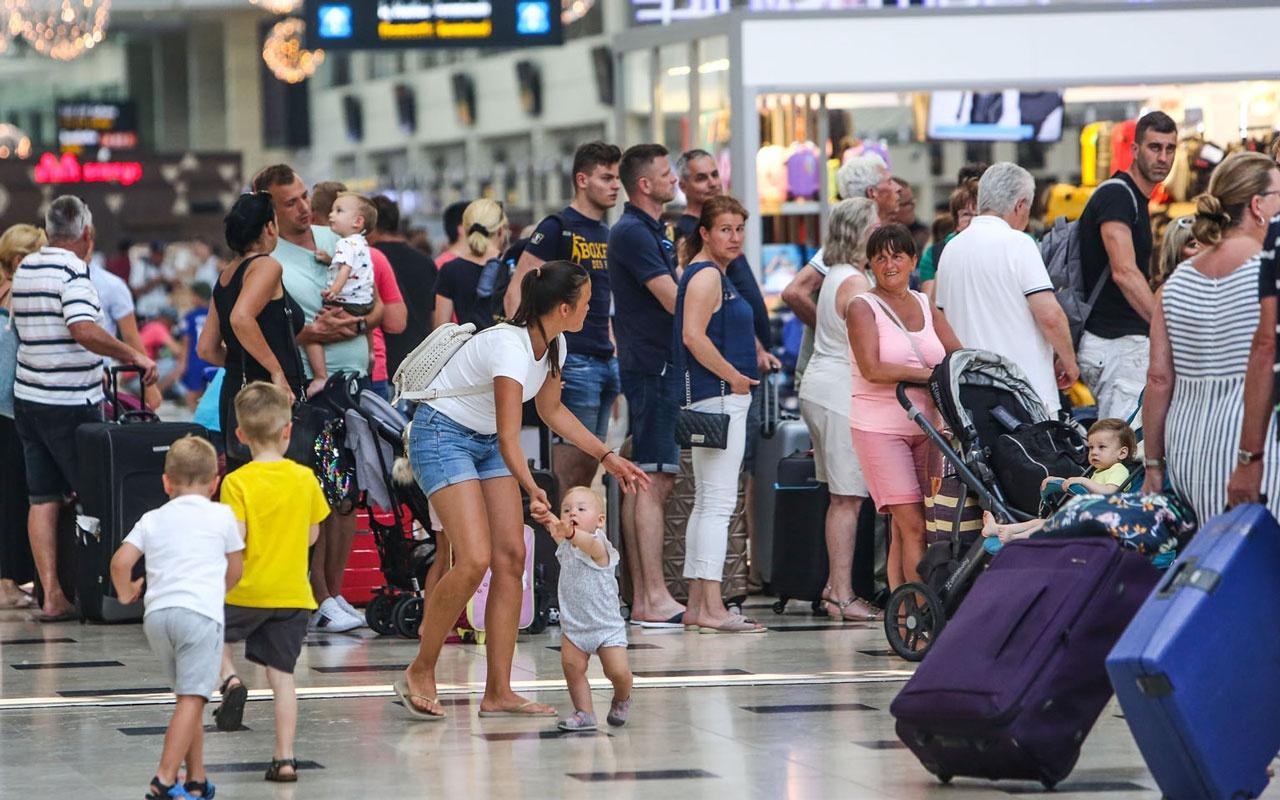 Bakanlık açıkladı... Türkiye ilk 7 ayda 24 milyon 963 bin 886 yabancı ziyaretçiyi ağırladı