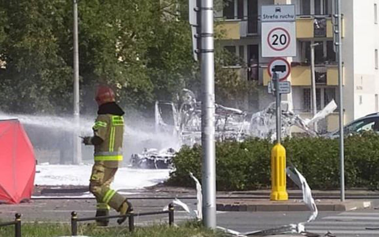 Varşova'da patlama! Ölü ve yaralılar var