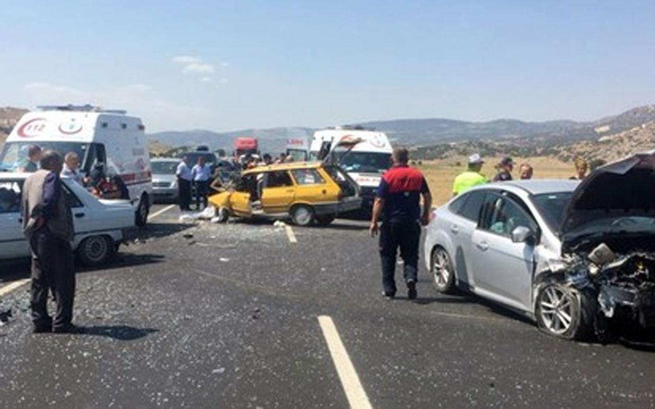 Burdur'da trafik kazası: 1 ölü 9 yaralı