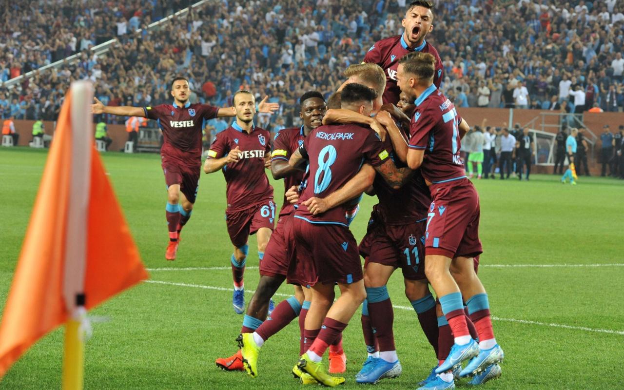 Trabzonspor  Krasnodar maçı şifresiz canlı veren kanallar