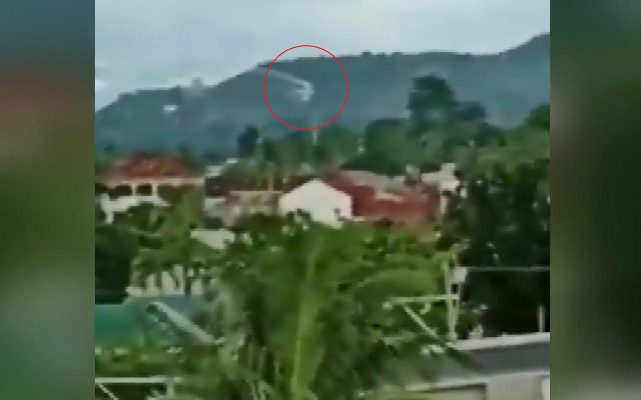 Filipinler'de küçük uçak düştü 7 ölü