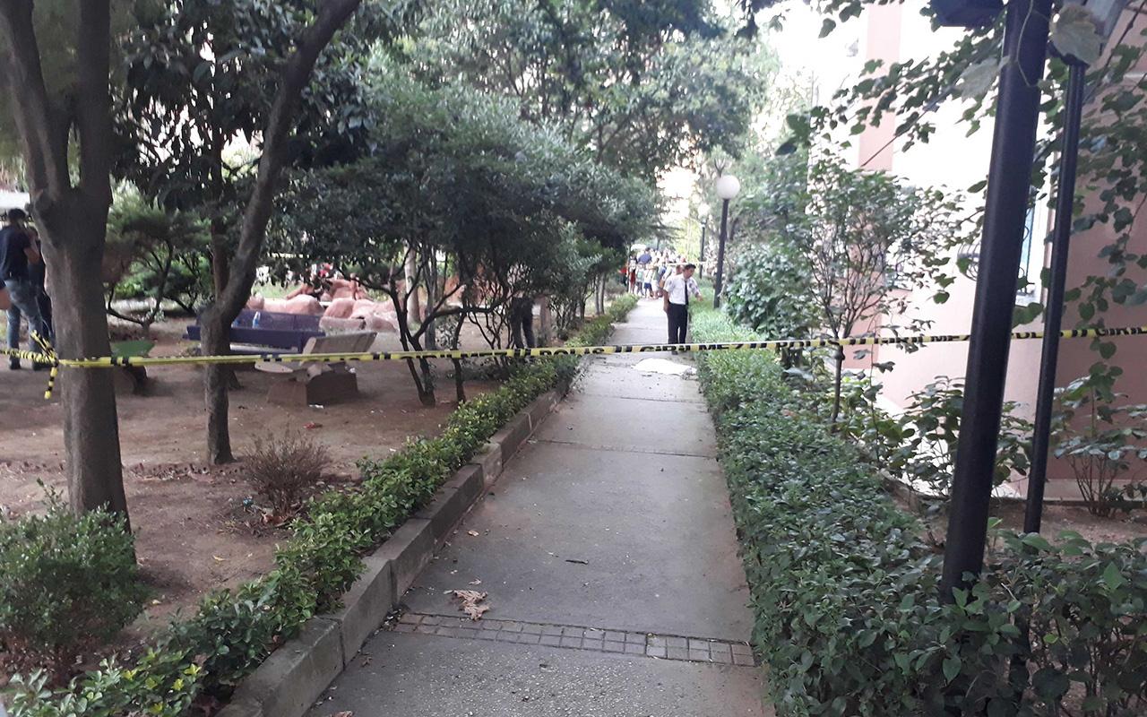 İstanbul Zeytinburnu'nda 17. kattan düşen 2 yaşındaki bebek öldü