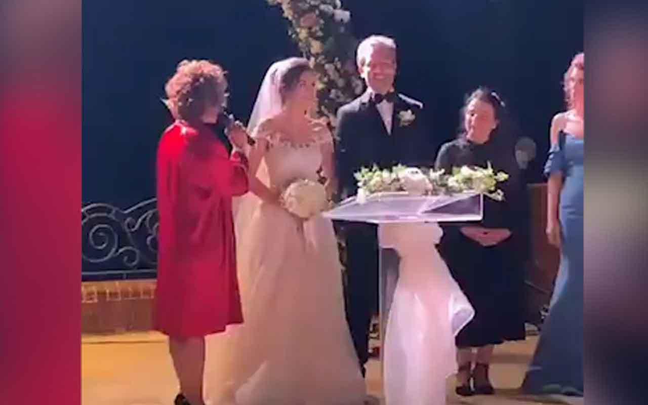 Kadın dizisinin oyuncusu Feyyaz Duman, dün akşam evlendi