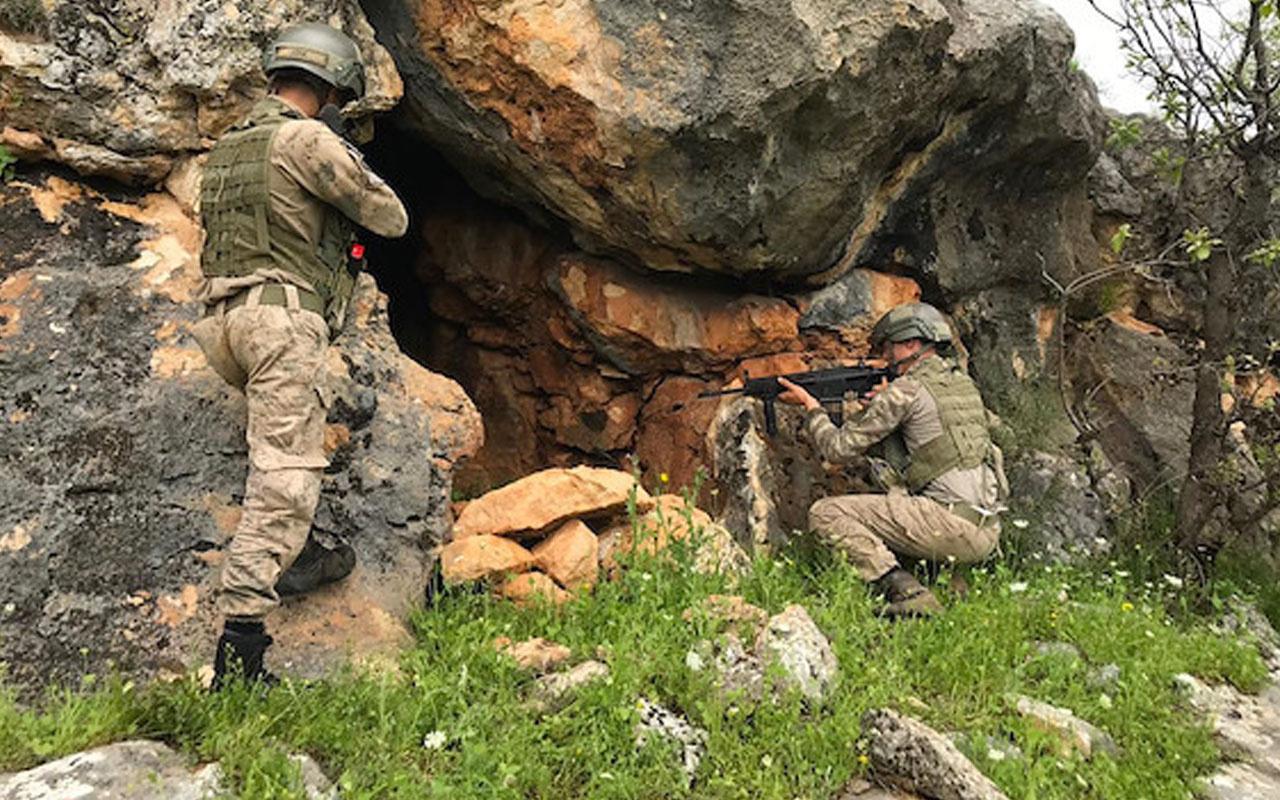 Diyarbakır'da Jandarma'dan operasyon!  1 terörist öldürüldü