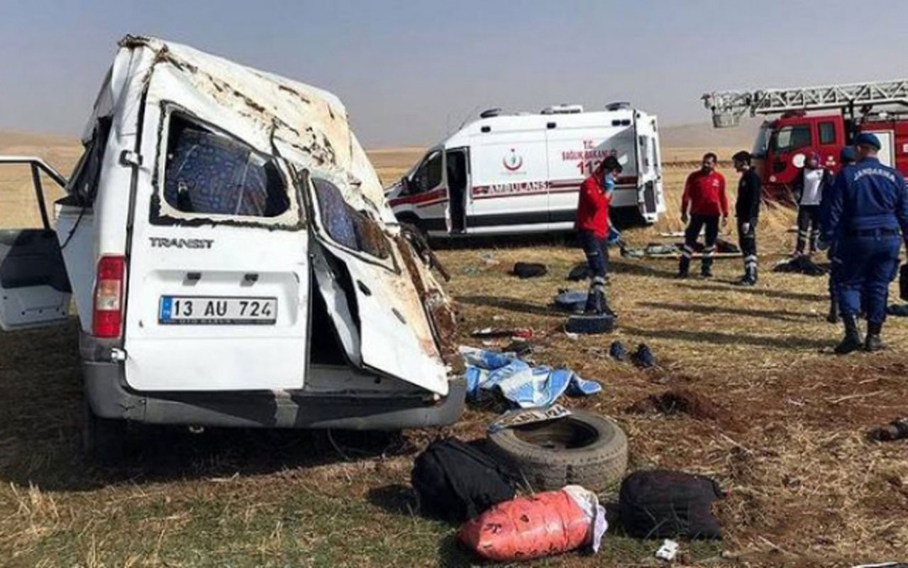 Ağrı'da göçmenleri taşıyan araç kaza yaptı! Çok sayıda ölü ve yaralı var