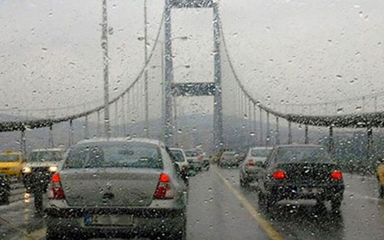 Pazar günü planı olanlar dikkat! İstanbul için sağanak uyarısı