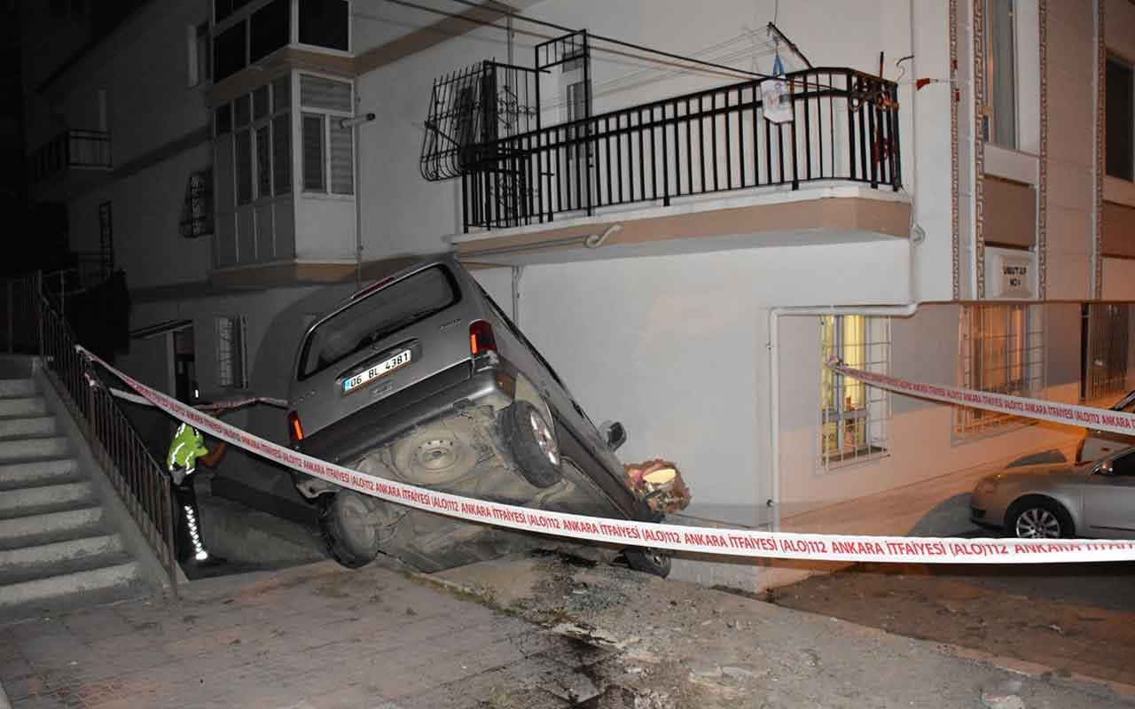 Ankara'da apartmana çarpan araç yan yattı: 1 yaralı