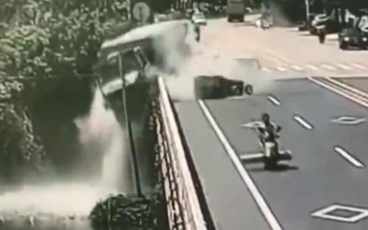 Triportöre çarpmamak için direksiyonu kırdı, nehre uçtu