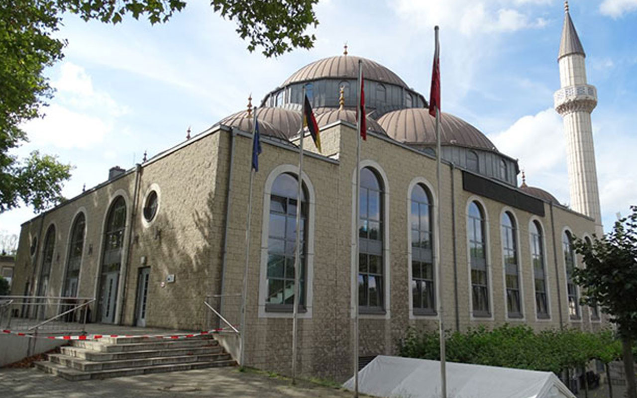 Almanya'da camilere bomba ihbarı yapıldı