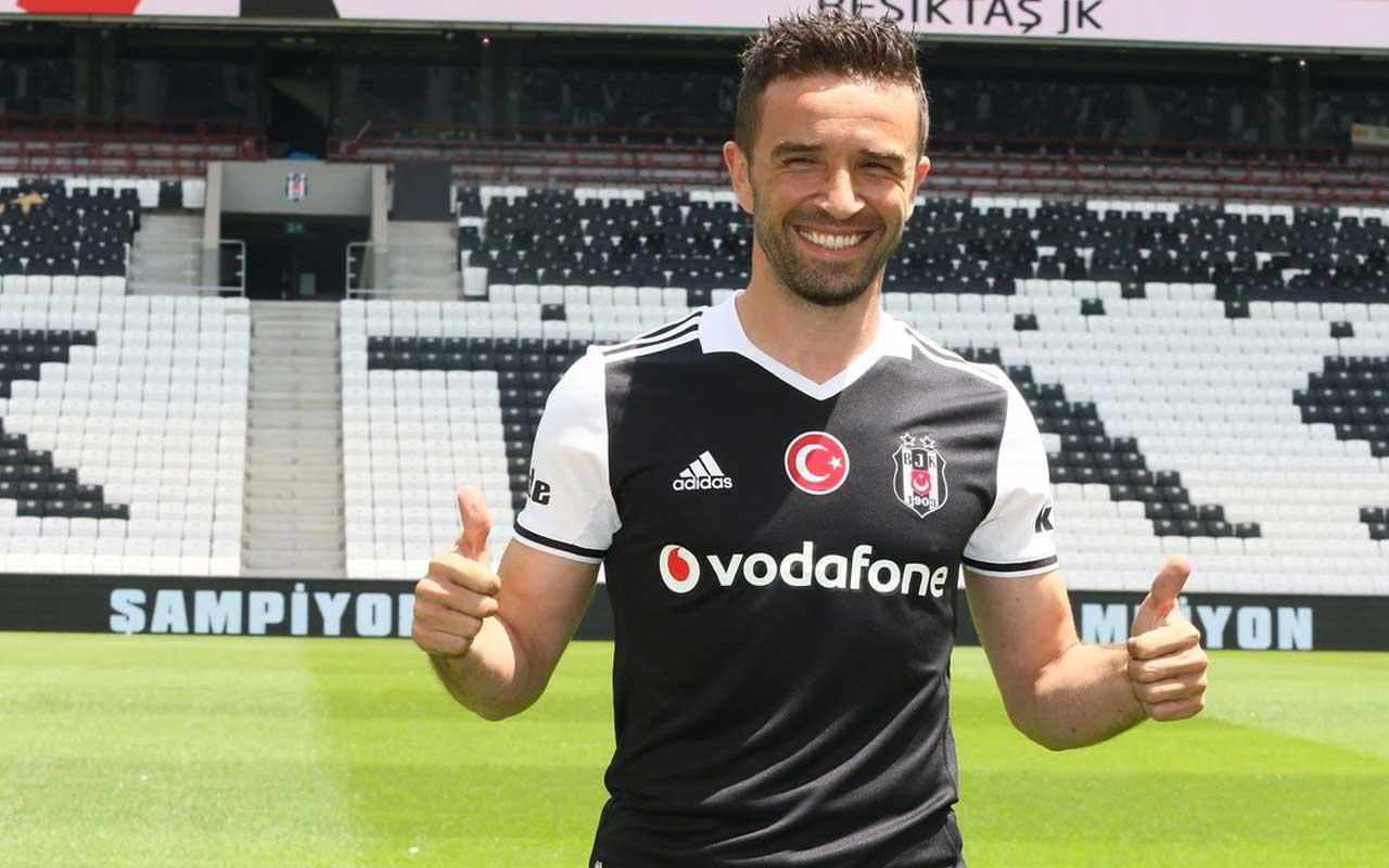 Beşiktaş'ta Gökhan Gönül ile 1 yıl daha