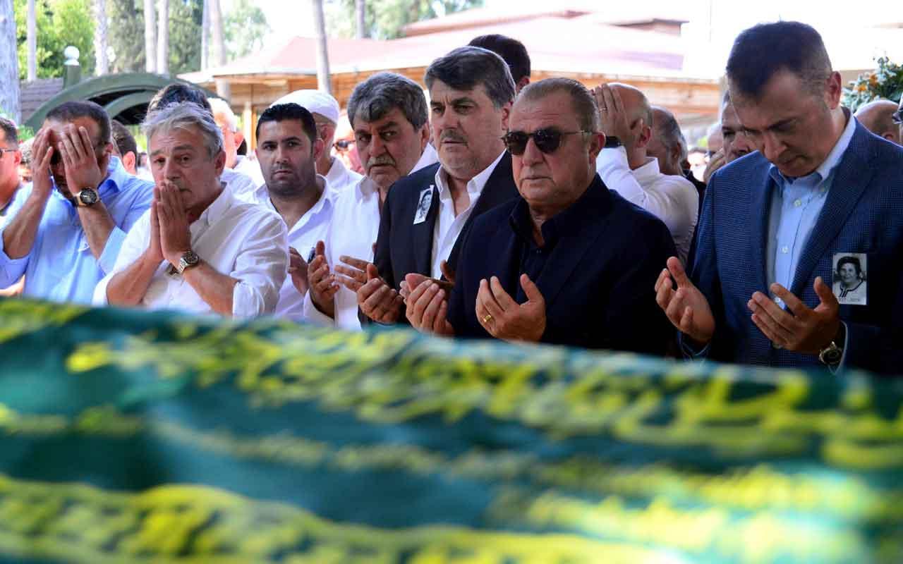 Beşiktaş Kulübü ikinci başkanı Serdal Adalı'nın annesi toprağa verildi