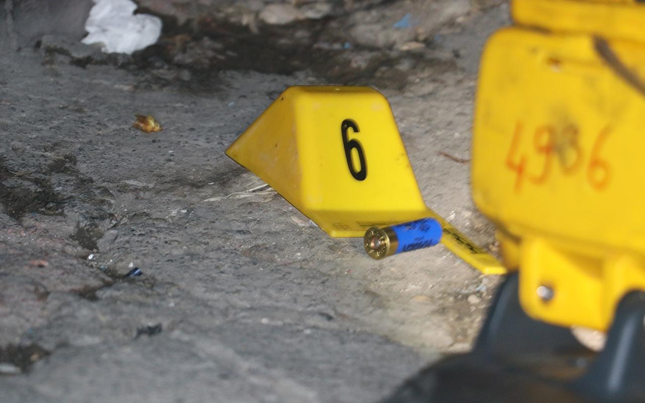 Adana'da sokak ortasında silahlı kavga 1 ölü