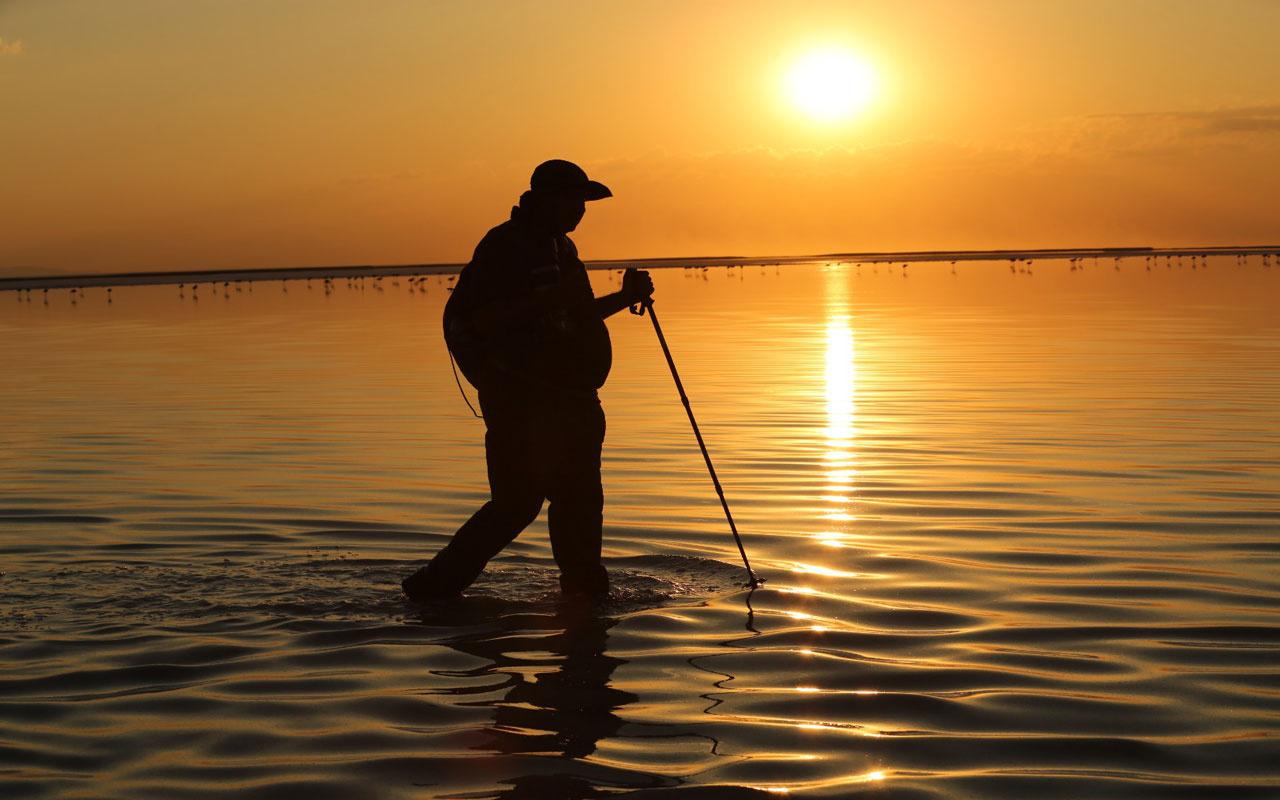 Tuz Gölü'nün gün batımındaki eşsiz güzelliği hayran bırakıyor
