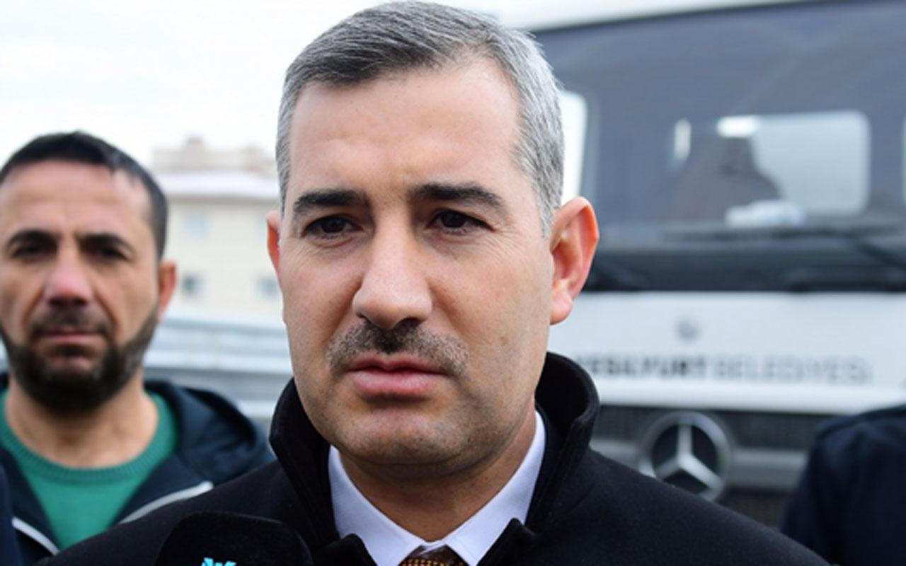 AK Partili Belediye Başkanı Mehmet Çınar makam araçlarını toplattı