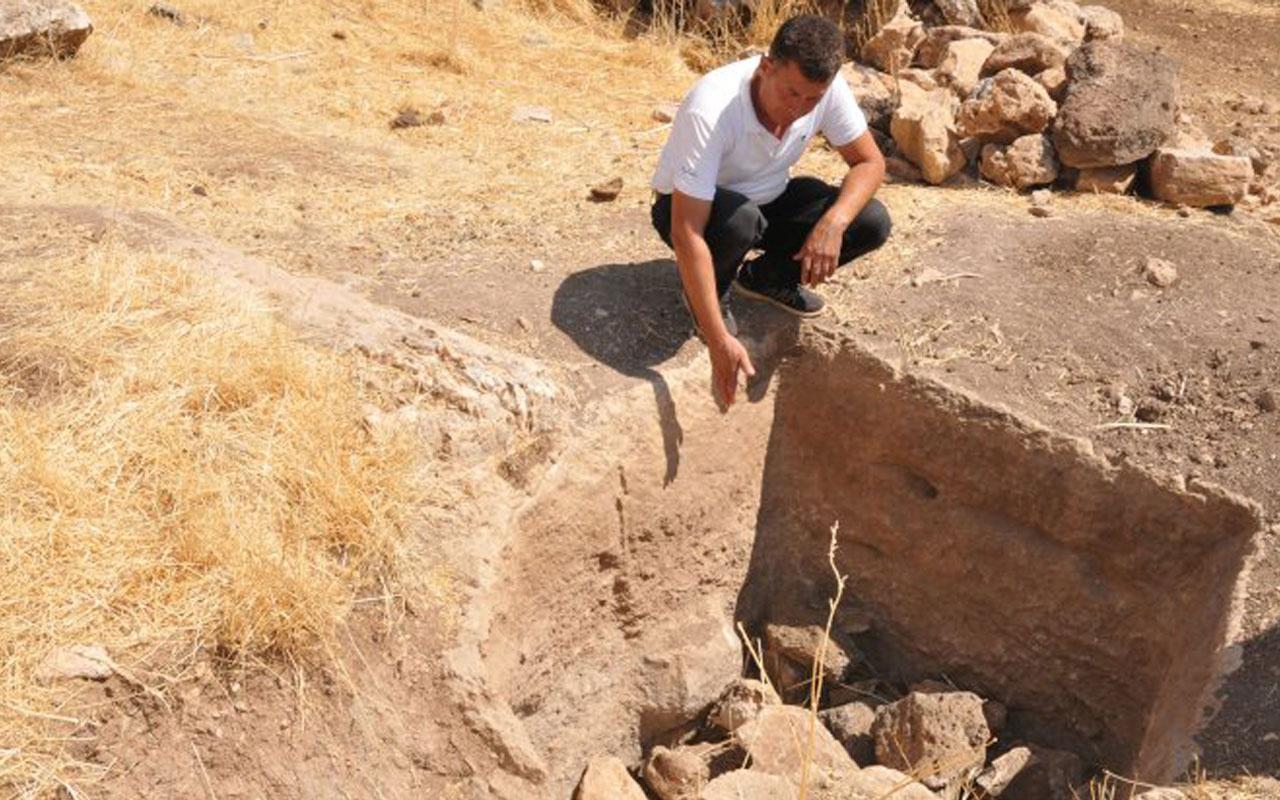 Mardin'de kaçak kazıdan bin 500 yıllık tarih fışkırdı! Jandarma harekete geçti