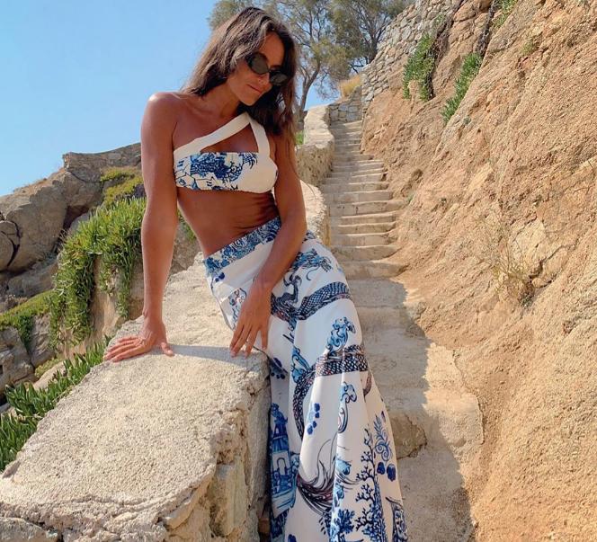 Eda Taşpınar bikinili cesur pozuyla sosyal medyayı salladı
